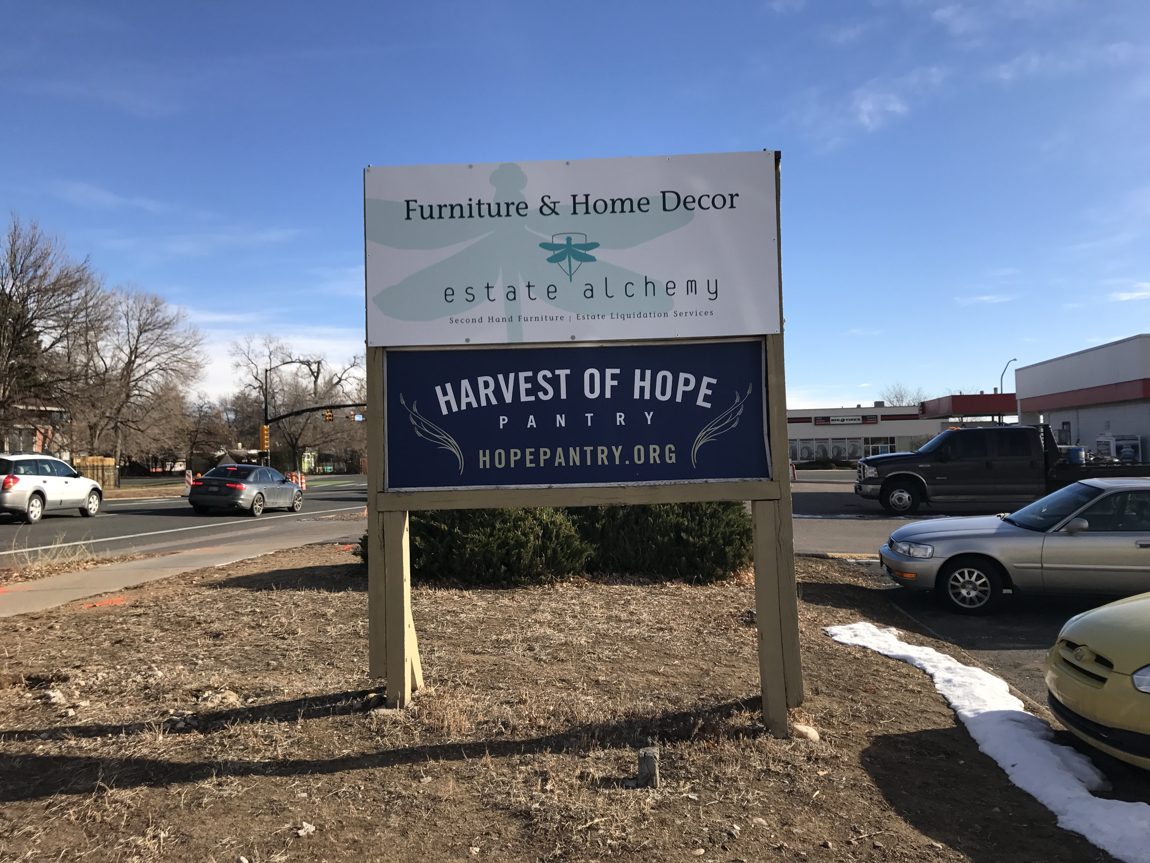 news colorado pet pantry on dec 13 2016 we opened our sixth month open to the public pet food bank location in boulder our partner harvest of hope food bank